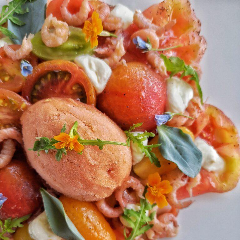Tomaat garnaal met tomaten ijs